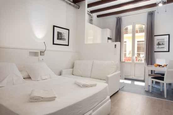 Ferienwohnung Barnapartments Basic Gracia - Judith (2293334), Barcelona, Barcelona, Katalonien, Spanien, Bild 1
